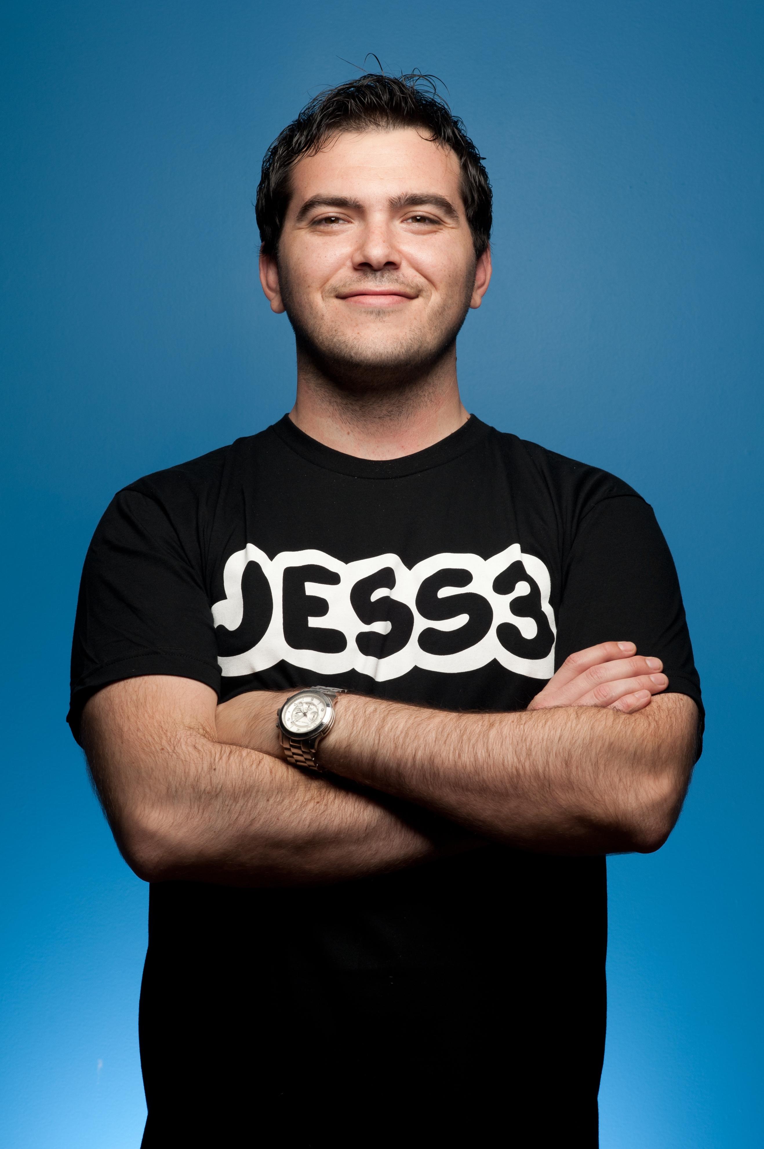 JesseThomas_Headshot