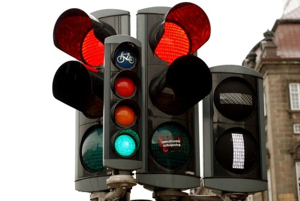 Copenhagen's improved traffic light system New intelligent signals will reduce travel time for cyclists by approx 10%