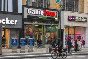"How the Power of the Crowd Overcame the Wall Street ""GameStop"" Plot"
